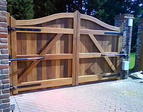 Automatic Gates in Kent